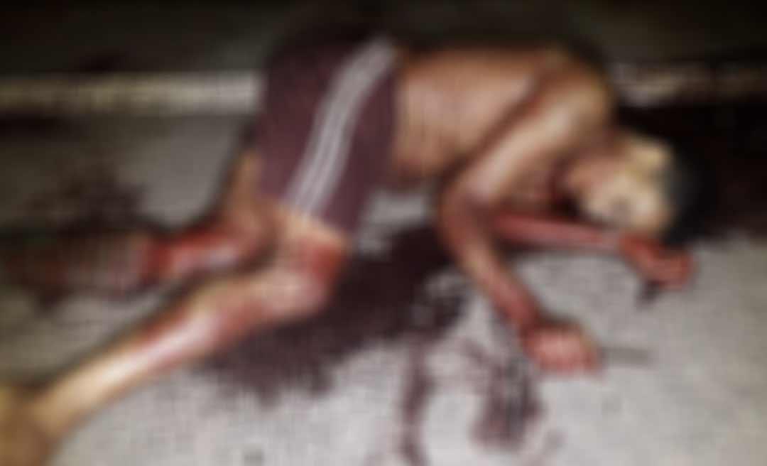 Homem é encontrado morto com duas perfurações pelo corpo em Tarauacá