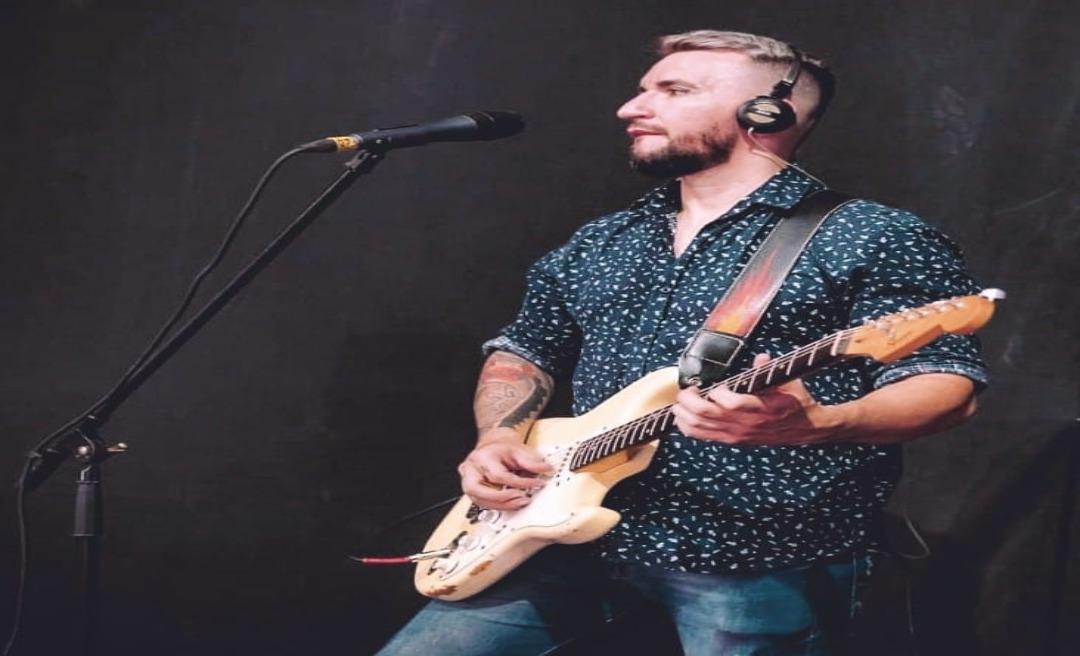 Morre o cantor e radialista Giovanni Accioly que estava internado há quatro dias após acidente grave em Tarauacá