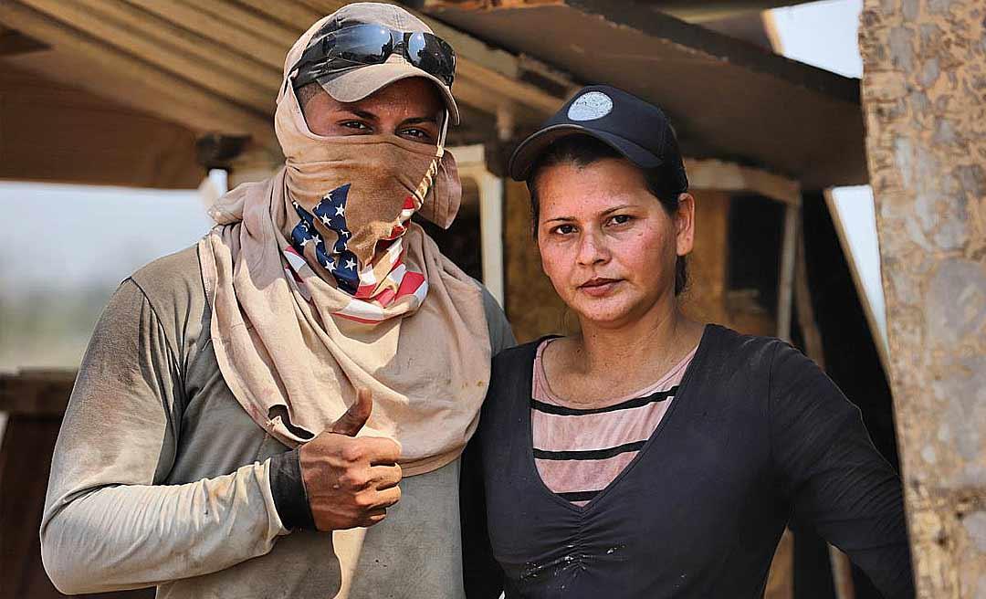 Casal paga moto, casa própria e sustenta 4 filhos trabalhando no lixão, em Rio Branco